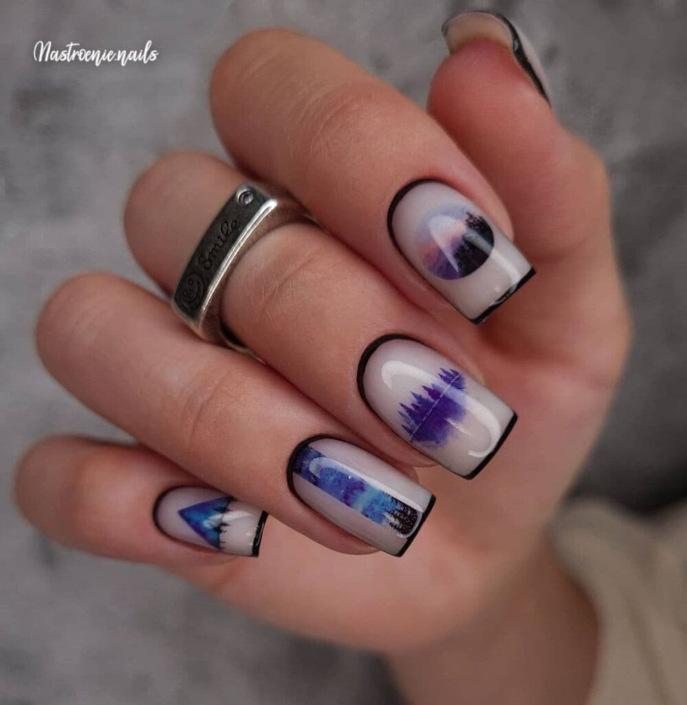 Работа от @nastroenie.nails Молочно-черный маникюр со слайдерами, лес