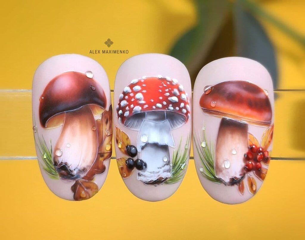 Работа от @alex_maximenko_nails Осенний нюдовый маникюр с грибочками, роспись